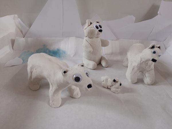 Marie, Sophia og Christinas isbjørn