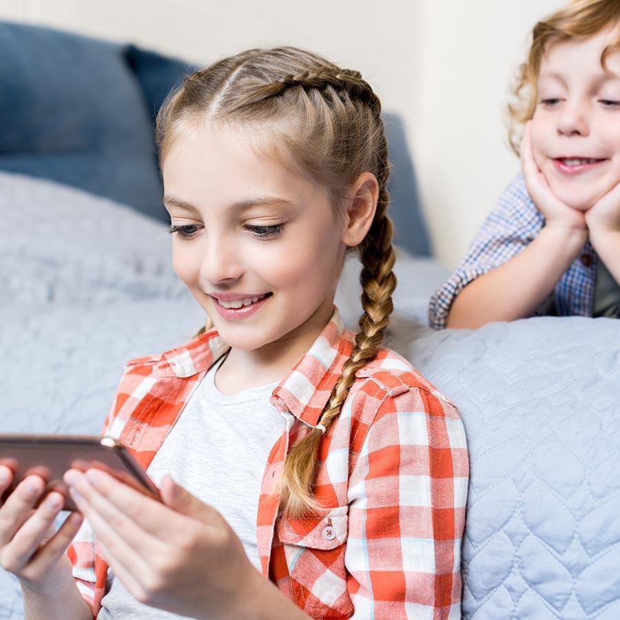 Foto af to børn